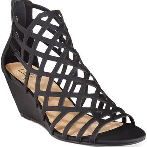 Material Girl Henie Caged Wedge in Black